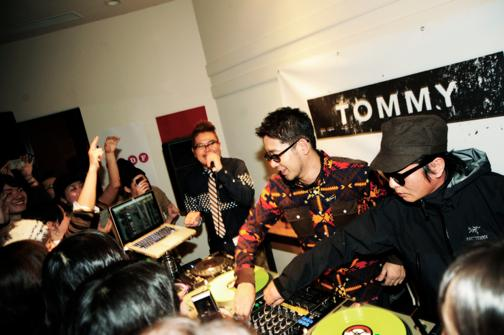 th_DJ Fumiya_20121110_party_bddf_5395_.jpg